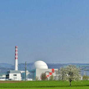 8 of the Largest Nuclear Power Plants in the World