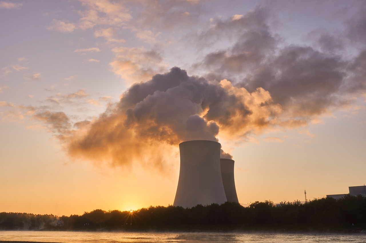 Spotlight on the Sustainability of Nuclear Energy